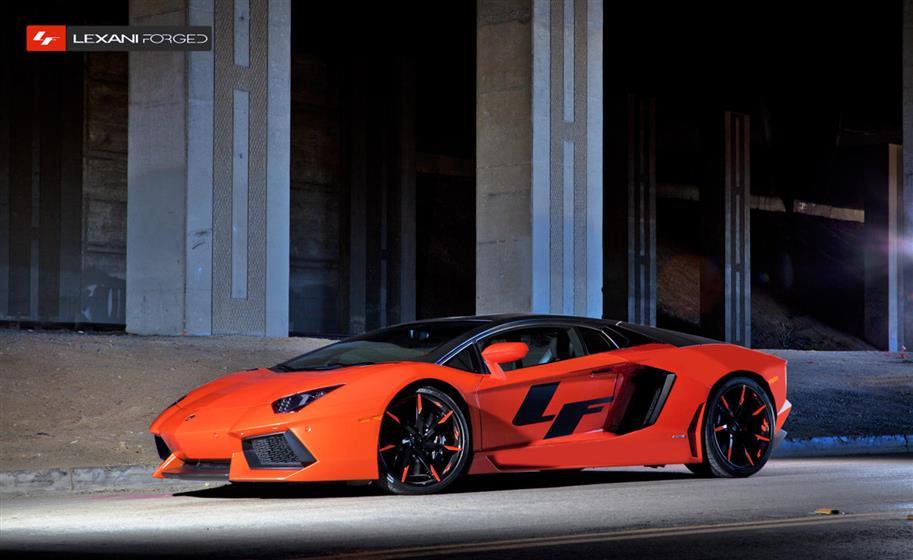2013 Lamborghini Aventador LZ-109