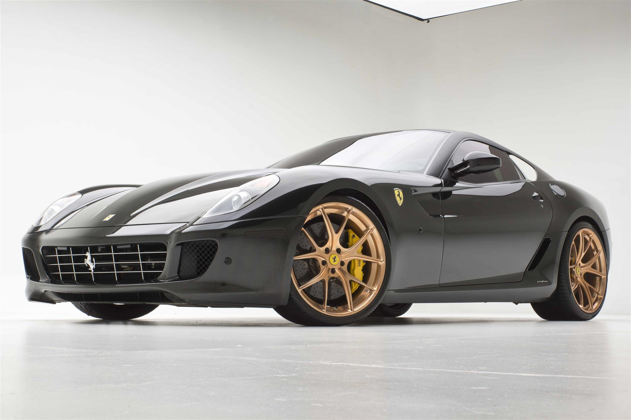 Ferrari 599 Gtb With Uber Rose Gold Wheels Al Ed S Autosound West Hollywood West Hollywood Ca Us 25570