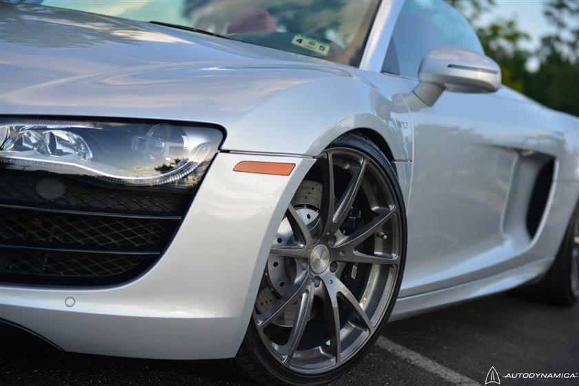 Audi R8 on 20