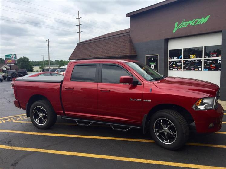 2009 RAM 1500 w/ Coil Overs