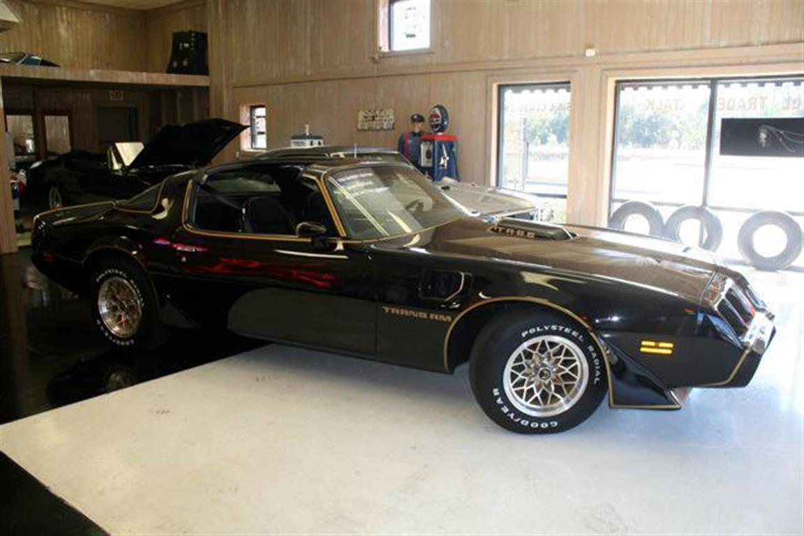 1979 Pontiac Trans Am Bandit Edition -  Body repainted