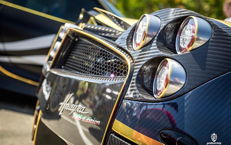 Black & Gold Pagani Huayra