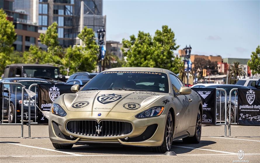 Gold Maserati Gran Turismo,Maserati