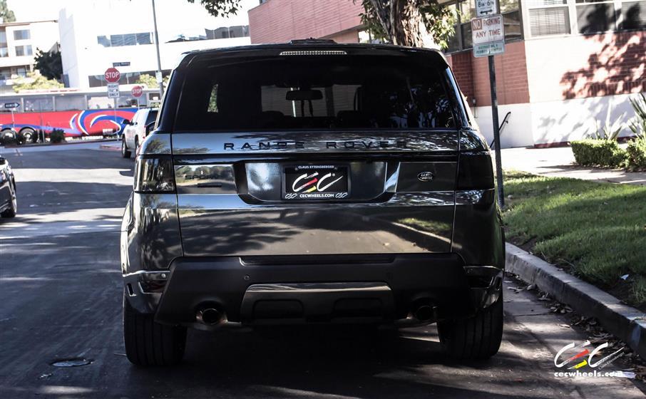 Range Rover Sport with Custom Wheels