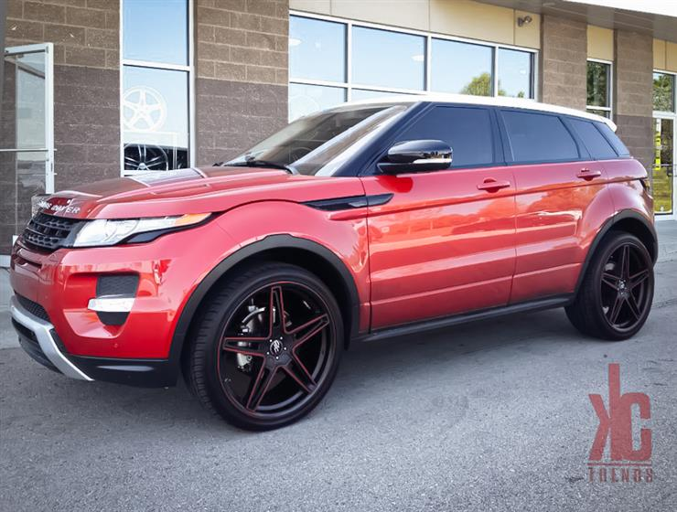 Land Rover Range Rover Evoque with Custom Wheels