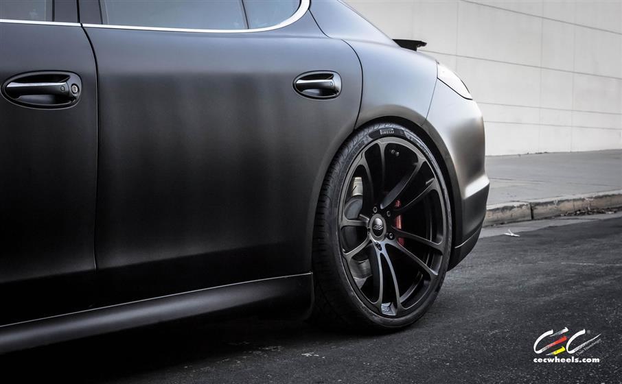 Porsche Panamera Turbo with Custom Wheels