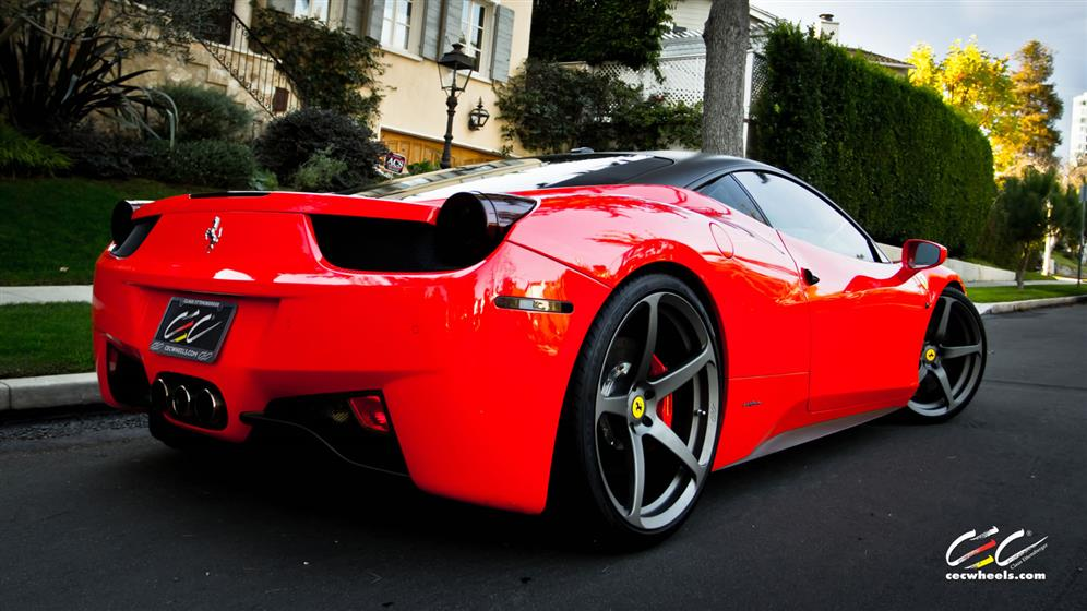 Ferrari 458 Italia with Custom Wheels