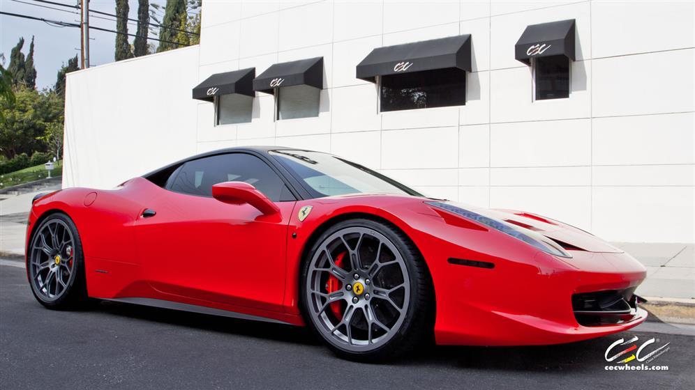 Ferrari 458 Italia with Custom Wheels
