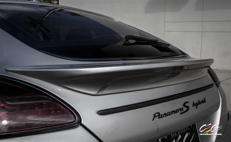 Caractere Exclusive Porsche Panamera Hybrid S with Custom Wheels