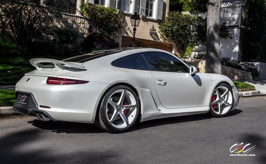 Caractere Exclusive Porsche 911 Carrera S with Custom Wheelse