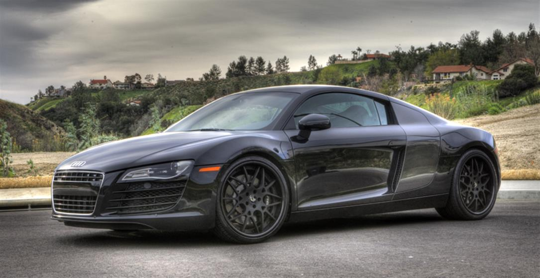 Audi R8 with Forgiato Maglia Wheels