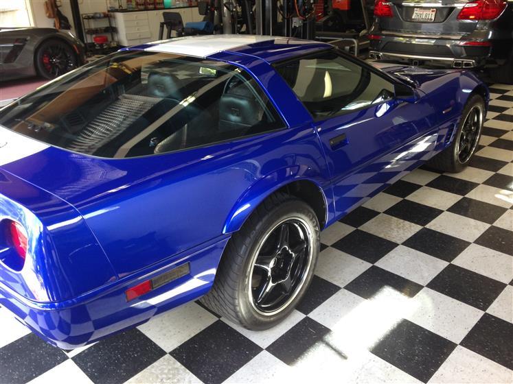 Detailed Blue Chevy Corvette,Chevrolet