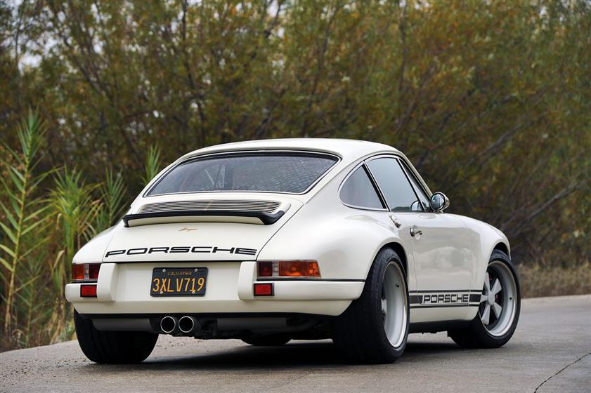 Singer Vehicle Design France Porsche 911