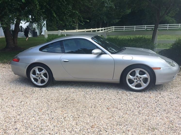 2000 Porsche 911 Carrera $20,000