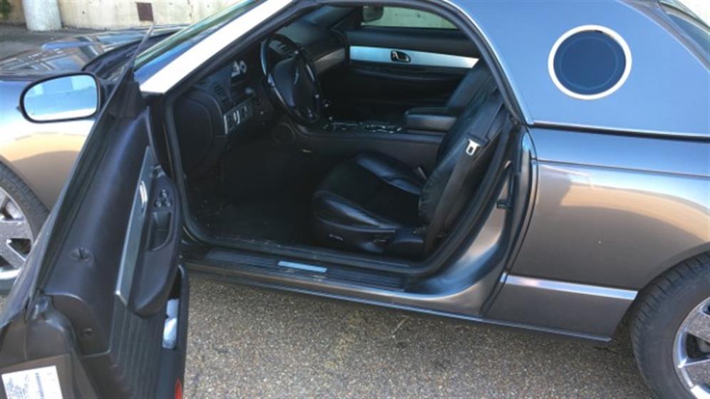 2003 Ford Thunderbird Deluxe $15,500