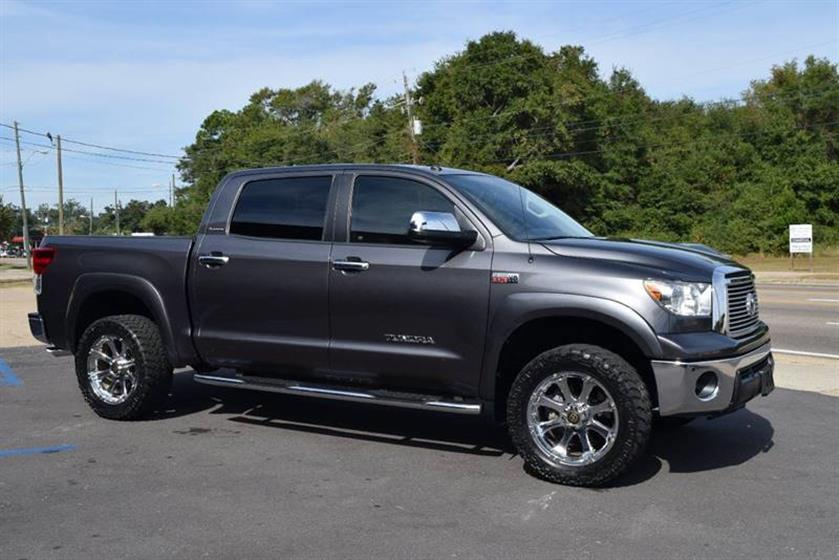 2012 Toyota Tundra Crew Max 4WD Platinum $34,500