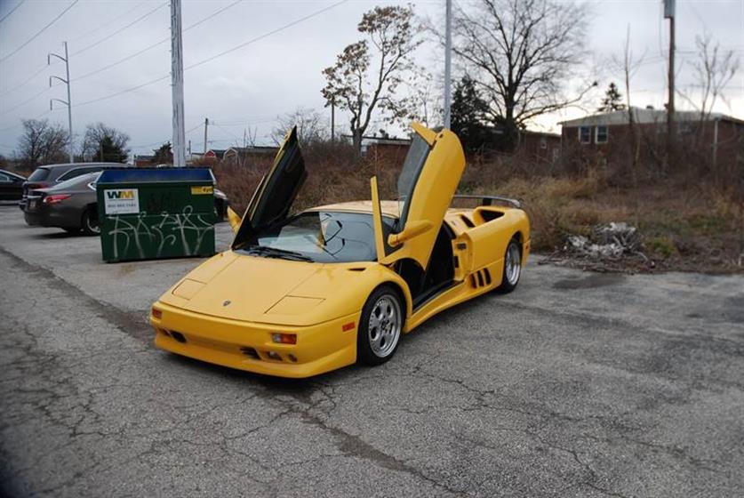 1997 Lamborghini Diablo VT $181,900