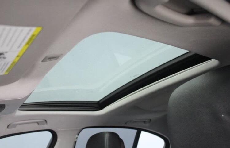 2012 BMW 5 Series 528i xDrive Sedan $18,994