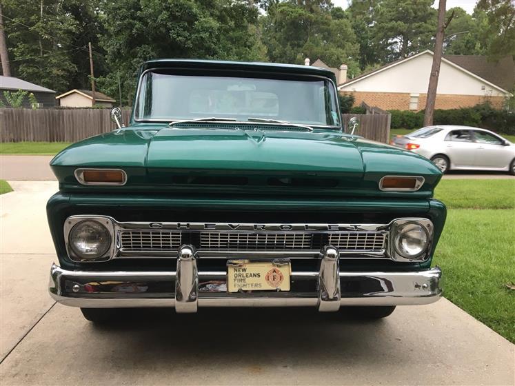 1966 Chevrolet C-10 Short-Bed Step-Side Pickup Tru