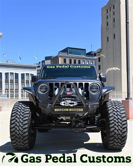 Turbocharged Jeep JL on 40s