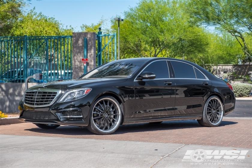 2015 Mercedes-Benz S-Class with 22