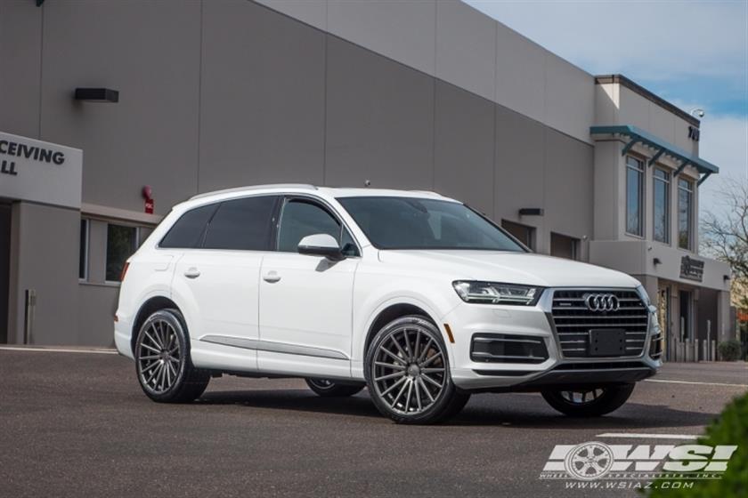 2017 Audi Q7 with 22