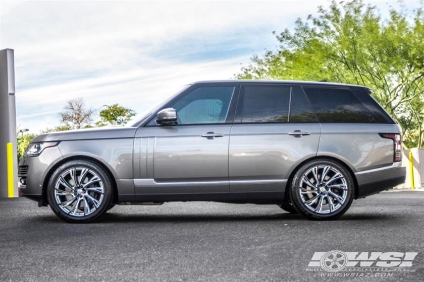 2017 Land Rover Range Rover with Redbourne Wheels