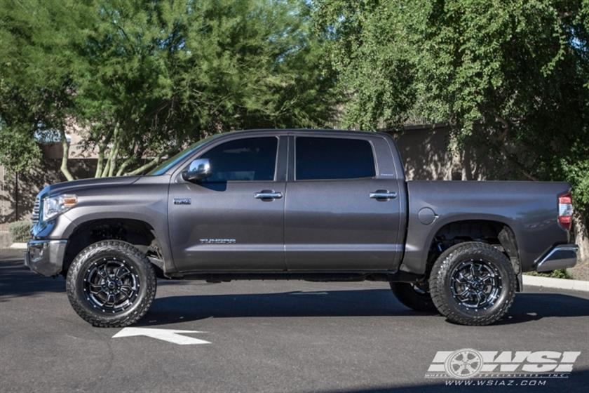 2016 Toyota Tundra with 20