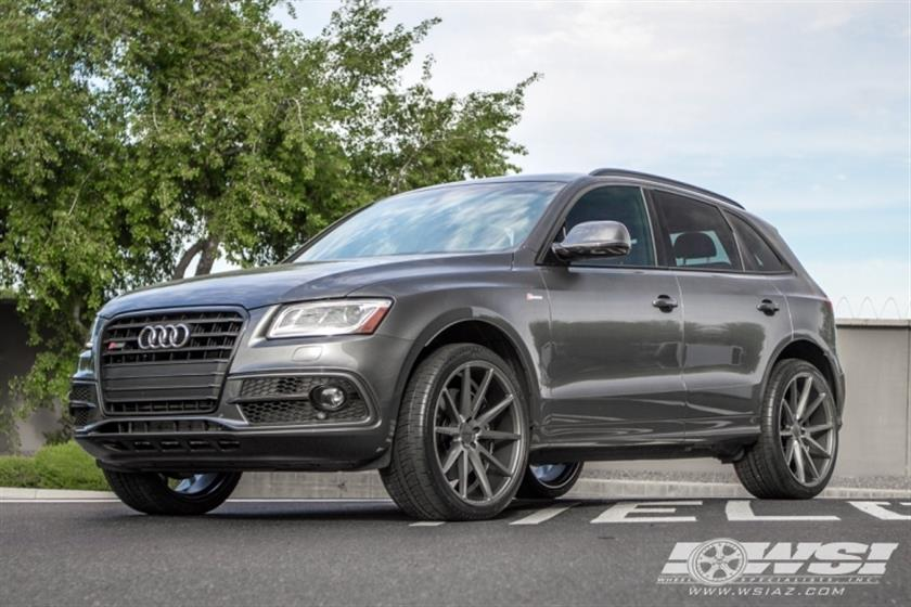 2016 Audi SQ5 with 22