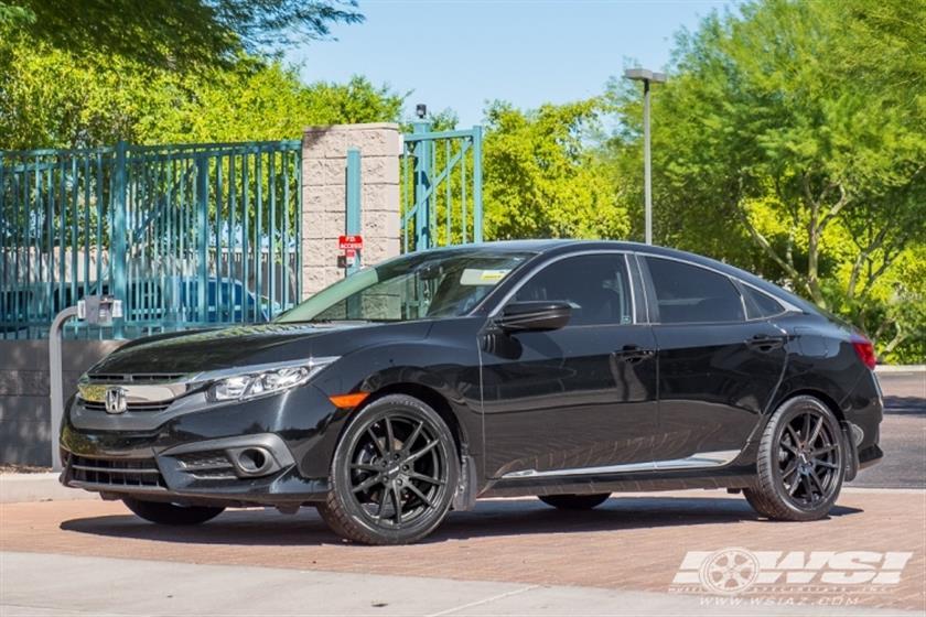 2016 Honda Civic with 18