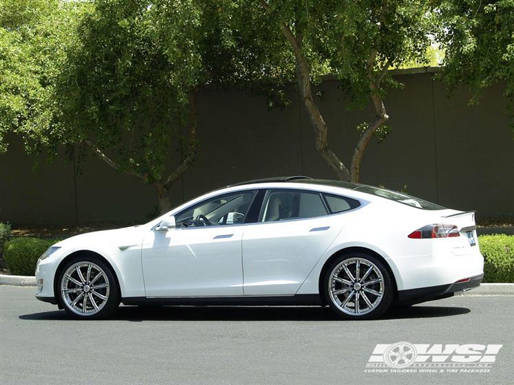2013 Tesla Model S with Duior Wheels
