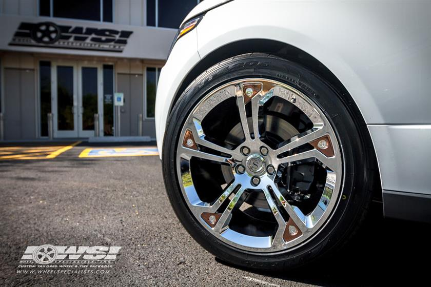 2014 Land Rover Range Rover with STRUT Wheels