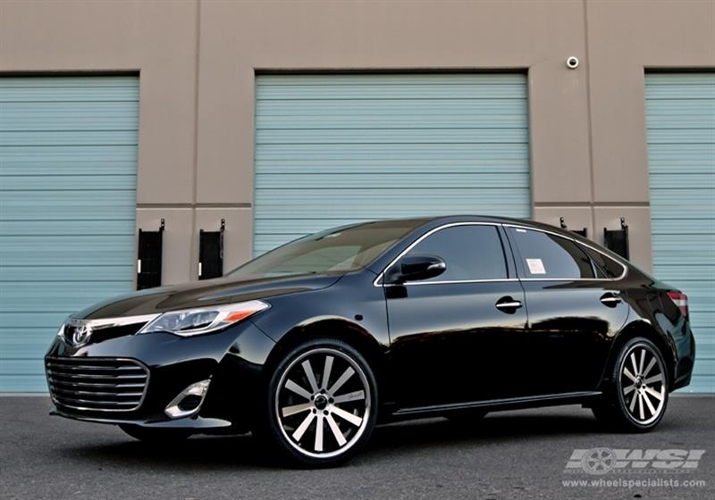 2013 Toyota Avalon with 20