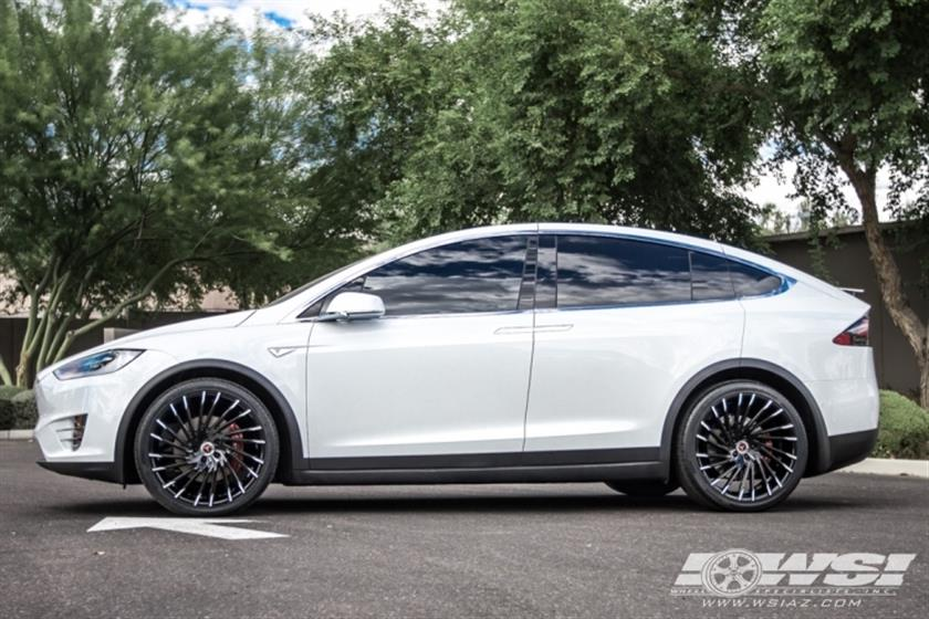 2016 Tesla Model X with 22