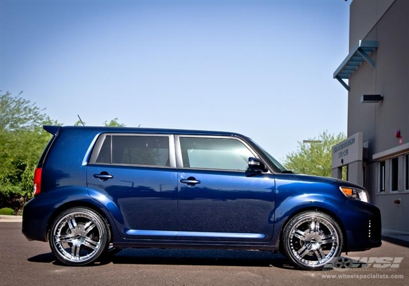 2012 Scion xB with 20