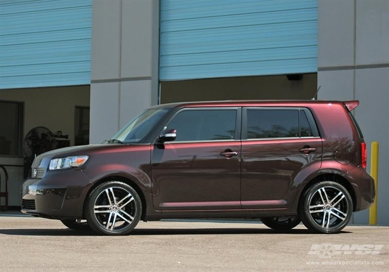 2008 Scion xB with 18
