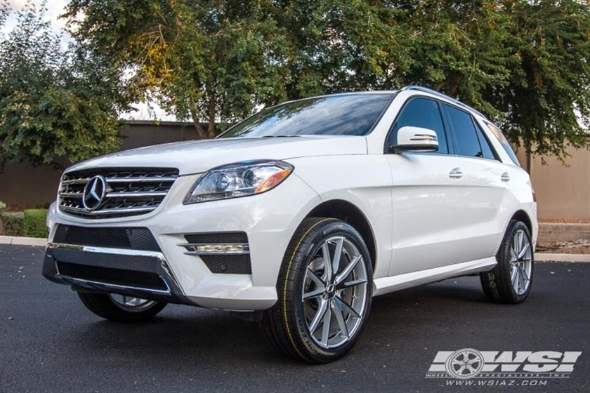 2015 Mercedes-Benz GLE/ML-Class with 22