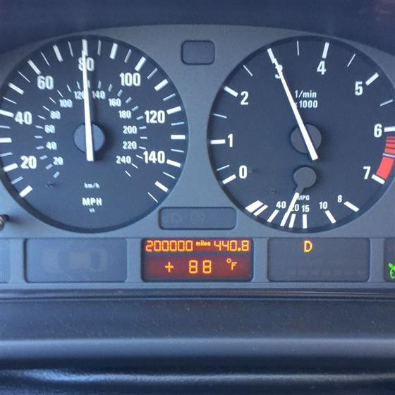1999 BMW 528i E39